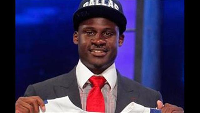 Cowboys Sign Claiborne