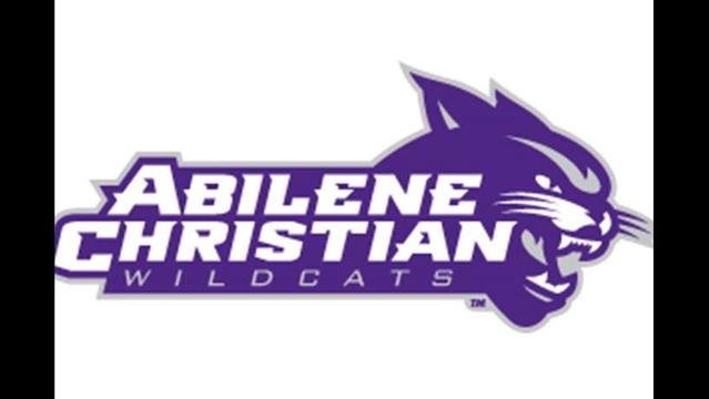 ACU Golf Invited to Regional Tournament