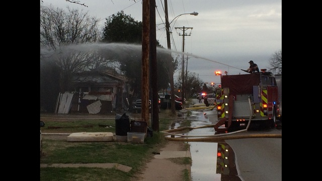 Early Morning Fire Causes Damage to Two Abilene Homes