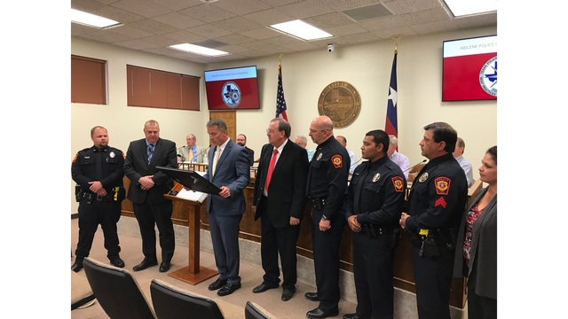 Sweetwater Police Department becomes 139th agency in Texas to receive accreditation