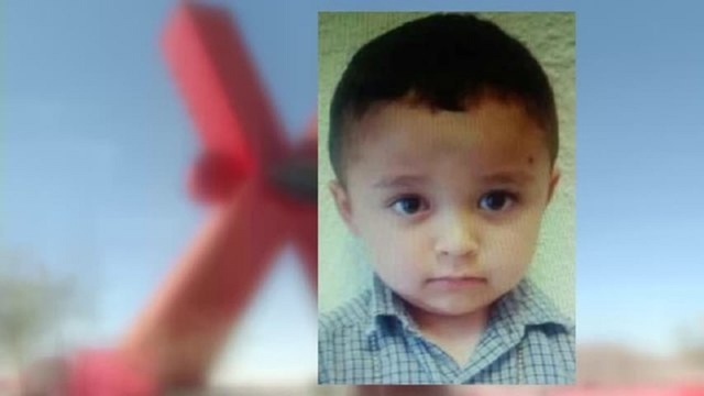 Toddler abandoned in Juarez returns to US, reportedly with father