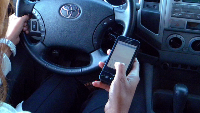 Texas requires new distracted driving course to get license