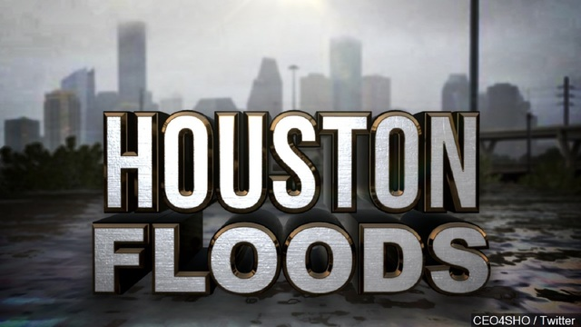 Hurricane Harvey: Flood waters continues to trap hundreds
