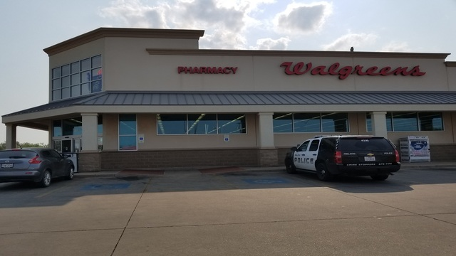 Armed robber steals pain medication from Abilene pharmacy