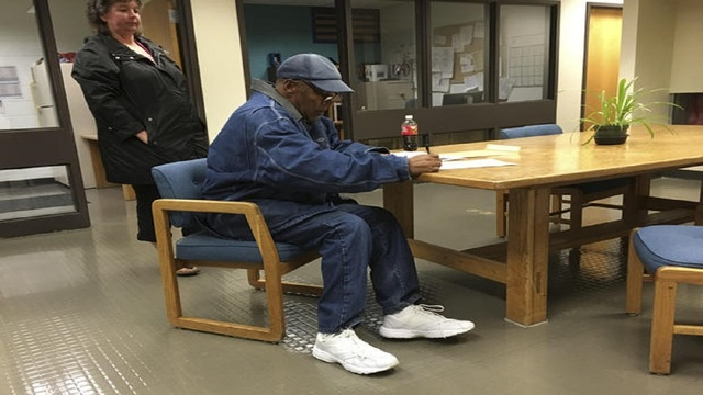 The juice is loose: O.J. Simpson freed from prison