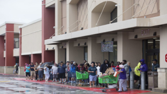 As long lines persist, state winds down food assistance program for Harvey victims