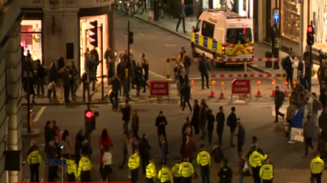 London police responding to reports of shots fired at Oxford Circus