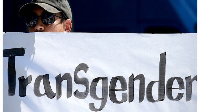 Transgender people can enlist in military on January 1, judge says