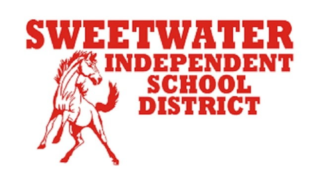 Sweetwater HS student struck by vehicle while walking to school