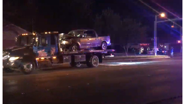 Car accident: man arrested for driving while intoxicated