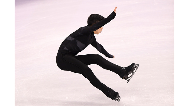 Nathan Chen hits the Olympic ice